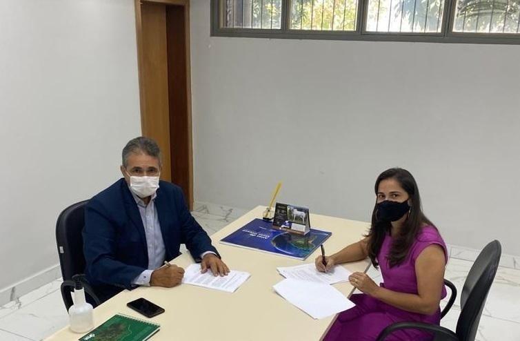 Intermat firma parceria com prefeitura de Glória D'Oeste para regularização fundiária